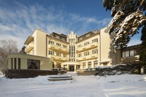 bad-belohrad-kurhotel-winter.jpg